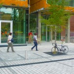 Sidewalks / Sidewalks in front of the Montréal's Centre for Sustainable Development